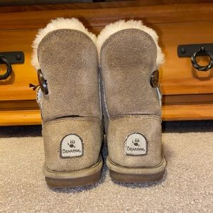 brown bearpaw boots!!